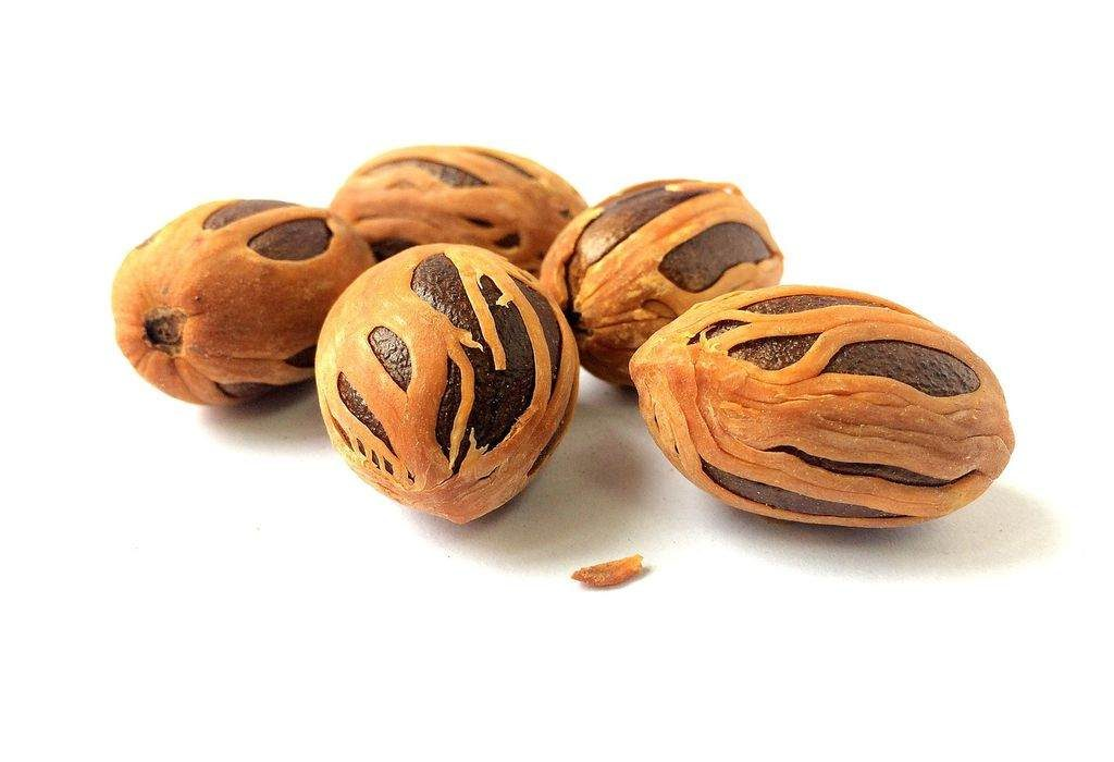 nutmeg for skin