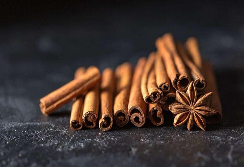 cinnamon for blackheads