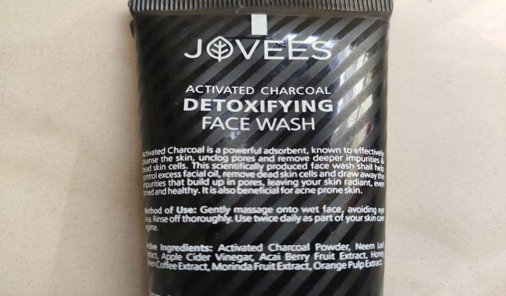 Ingredients of Jovess Charcoal face wash